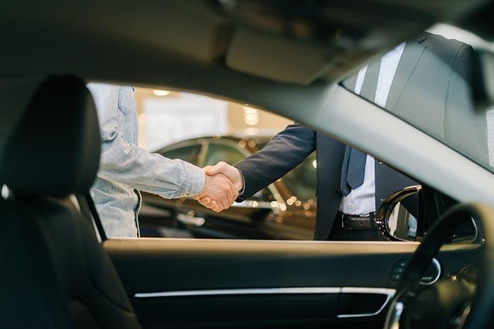 Nakup vozila na podjetje